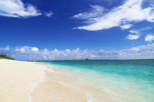 Okinawa's beautiful sea and sky
