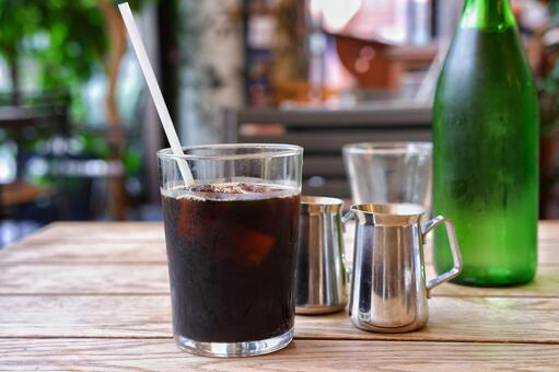 Iced coffee at a fashionable shop