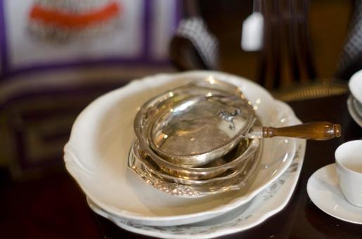 Antique tableware 5