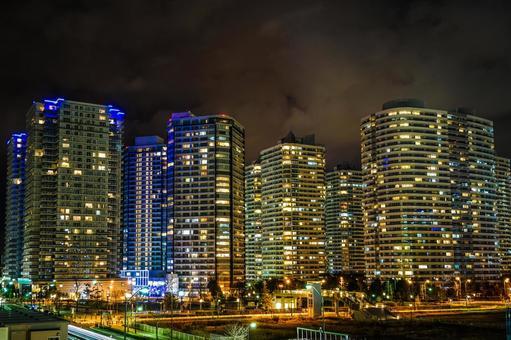 미나토 미라이의 고층 아파트