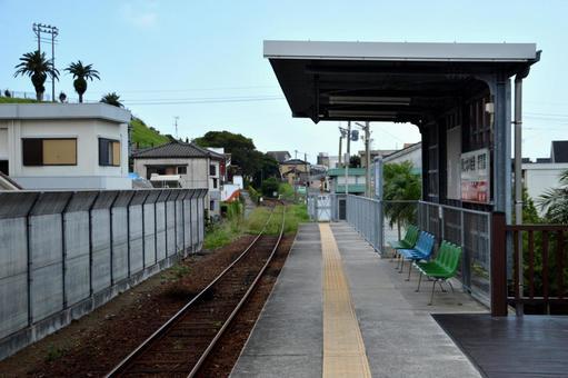 마 쿠라 자키 역 및 선로