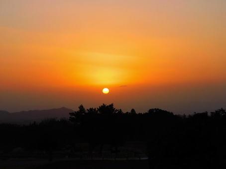 A view of the orange sunrise