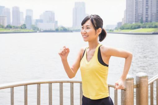 Female to jog 10