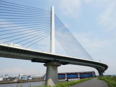Katsushika Harp Bridge and Kamihirai Watergate
