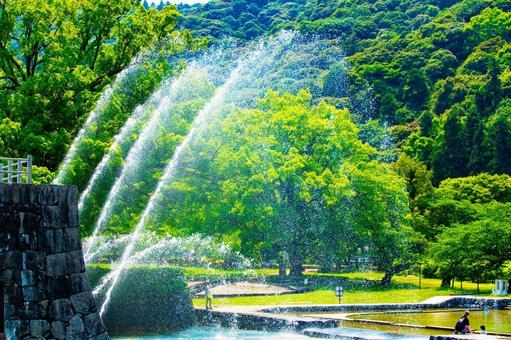 Large fountain in Iwakuni Kikko Park