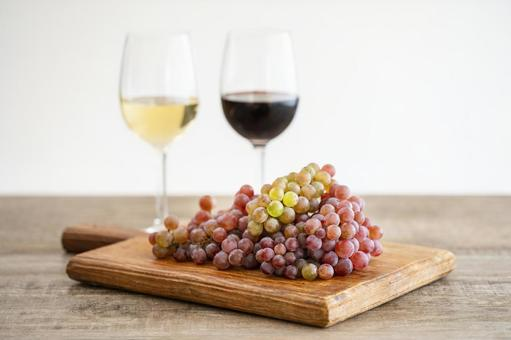 Wine wine glass wine and grapes