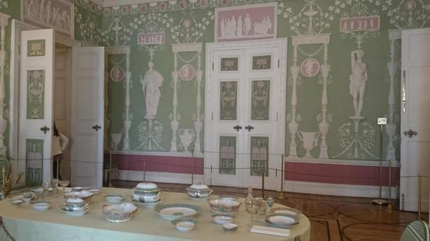 러시아 상트 페테르부르크 차루스코에 데 로스의 예카테리나 궁전 · 녹색 식탁의 방