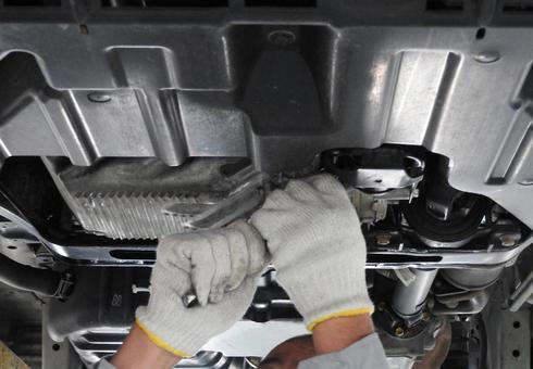Engine oil change work