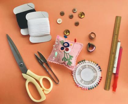 Sewing tool sewing kit