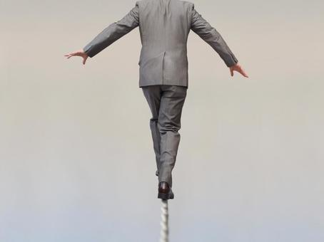 Businessmen 【Men who carry risks 1】