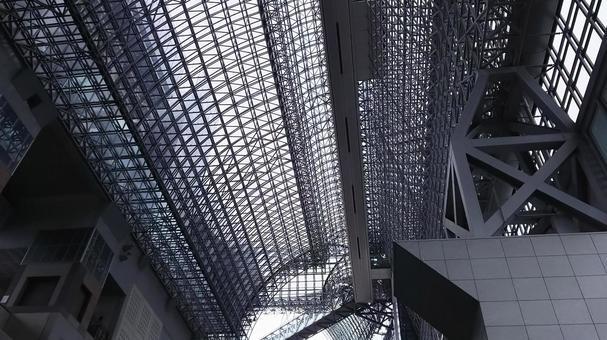 京都車站大樓天花板