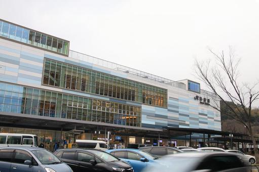 Atami station building