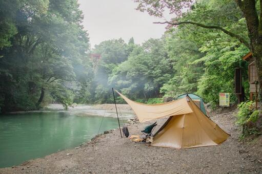 Camp on the riverside
