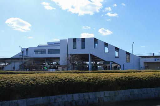 Minami-kuribashi station building