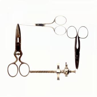 Scissors frame