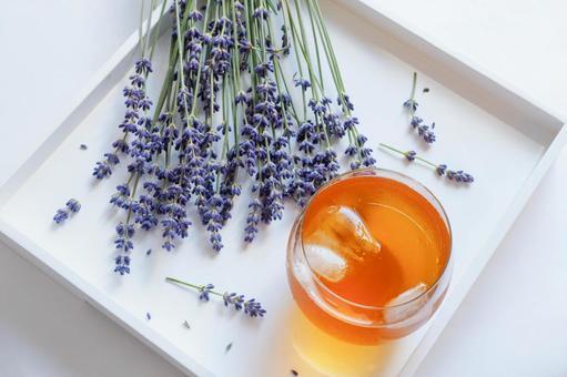 Fresh lavender and lavender iced tea