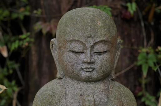 오다 長興寺의 둥근 얼굴에 지장 님 (신사 불각)