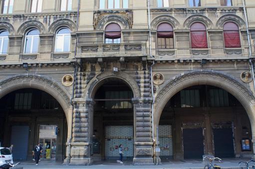 Building 2 of Bologna station 2