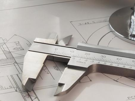 卡钳和金属零件