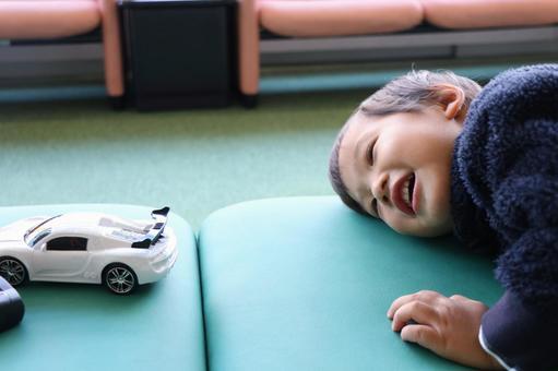 Boys who like cars