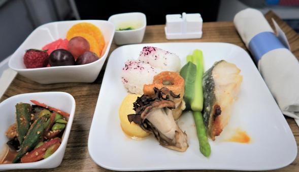 機上用餐的日本料理