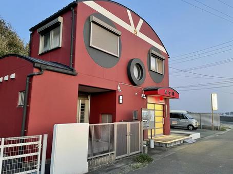 Police box in the form of octopus 002 (Himakajima police box)