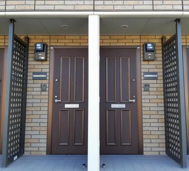 2 apartment doors brown