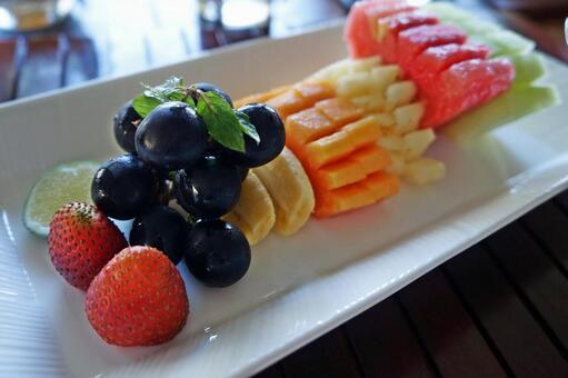 호텔의 컷 과일 모듬