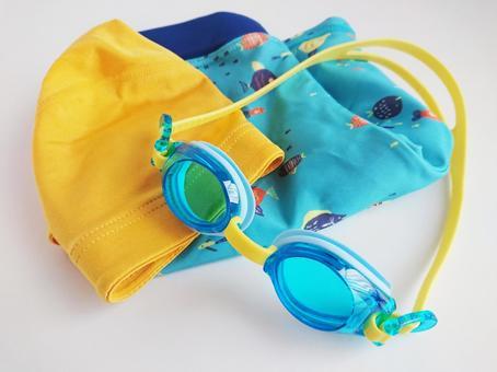 Children's swimming equipment