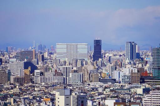 Tokyo cityscape from Sangenjaya Carrot Tower to Nakano