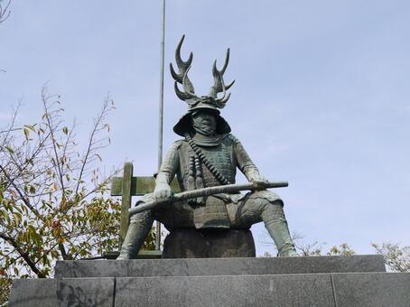 혼다 다 다카 쓰 동상
