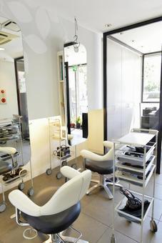 Beauty salon store 10