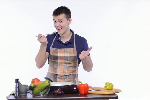 앞치마 차림의 남성 요리 21