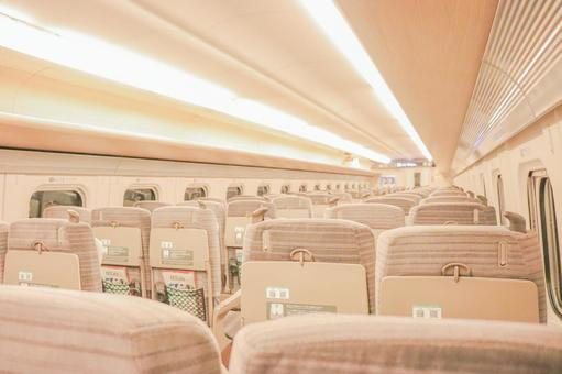 Image of the inside of the Shinkansen ②