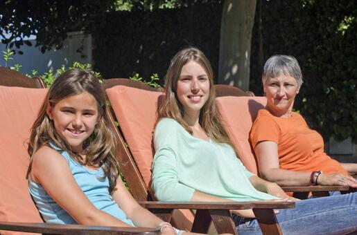 Foreigners Three generations of family 39