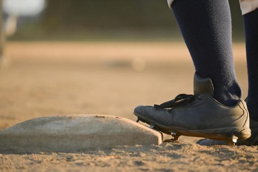 Baseball spikes