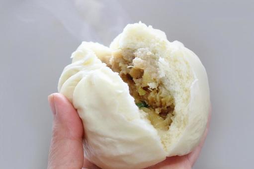 고기 만두 찜 구운 후끈 3