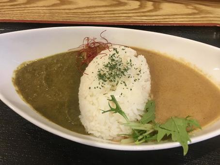 Two-color curry Aigake curry