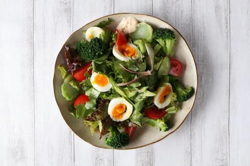 Broccoli and boiled egg salad