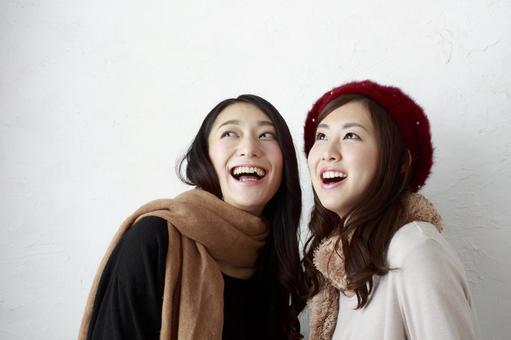 Female Friend Winter Fashion 24