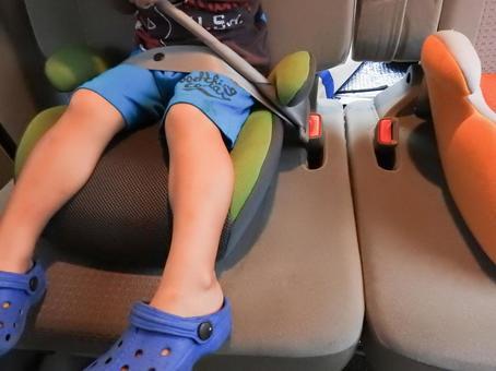 Junior seat wearing OK!