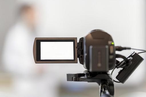 비디오 카메라로 동영상을 촬영