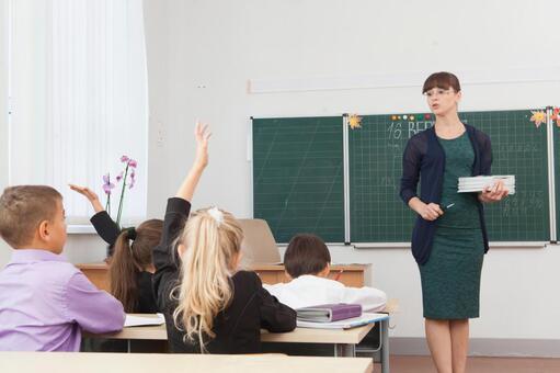 老师和小学生7班