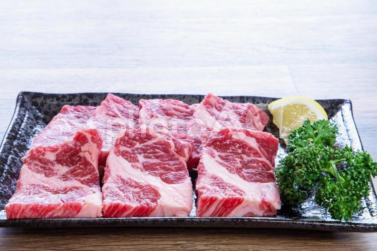 焼肉用牛カルビの写真