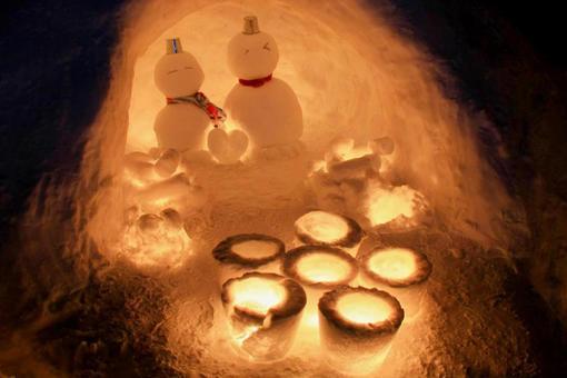 A couple's snowman