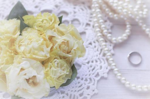 鮮花和珍珠的形象材料與新娘婚禮婚禮的形象