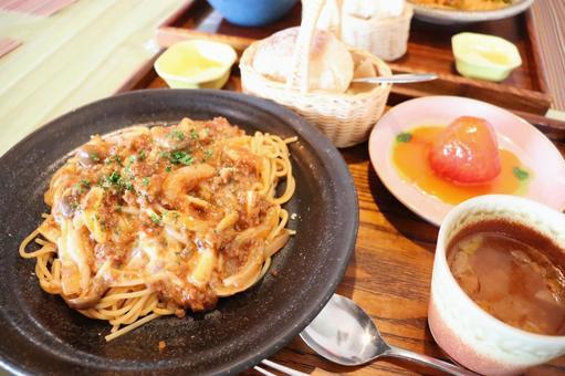 Meat sauce pasta set