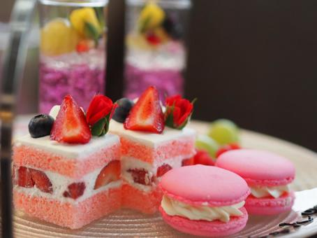 Cake and macaroons and jelly