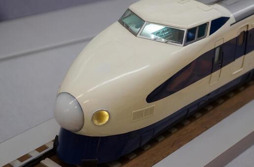 Model Shinkansen 2