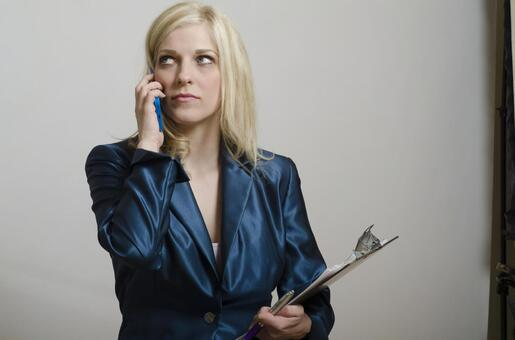 A woman who speaks with a smartphone 12